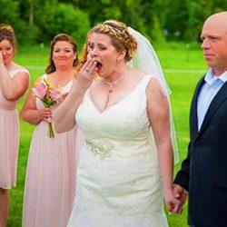 Невеста на своей свадьбе оставила место для своего умершего сына. Её ждал сюрприз, связанный с ним...