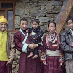 В Тибете одна жена на всех считается обычной общественно нормой. Как же так выходит...
