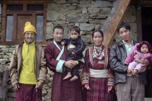 В Тибете одна жена на всех считается обычной общественно нормой. Как же так выходит…