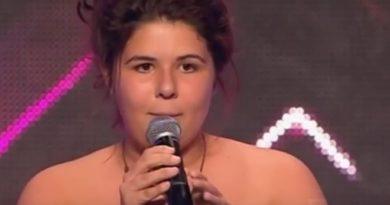 Ей всего 14, и не удивительно, что выйдя на сцену она начала стесняться. Жюри насмехнулись над выбором её песни, но когда она запела, уже никто не смеялся…